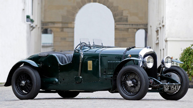 Bentley 4 1/2 litre BRG 3/4 avant