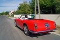 Maserati 3500 GT Spyder rouge 3/4 arrière gauche travelling