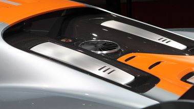Porsche 918 RSR gris/orange capot moteur