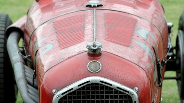 Alfa Romeo 6C, rouge, blazon, face