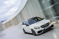 Mercedes-Benz E63 AMG 2013 break - blanc - 3/4 avant droit penché
