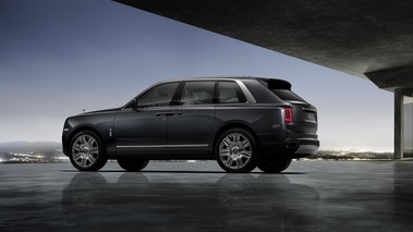 Rolls Royce Cullinan anthracite 3/4 arrière gauche