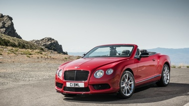 Bentley Continental GTC V8 S rouge 3/4 avant gauche