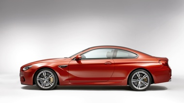 BMW M6 Coupé - orange - profil gauche