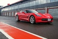 Chevrolet Corvette C7 Stingray rouge 3/4 avant droit