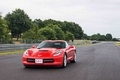 Chevrolet Corvette C7 Stingray rouge 3/4 avant gauche travelling