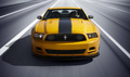 Ford Mustang MY2013 - Boss 302 jaune- face avant