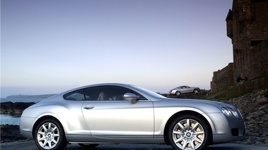 Bentley Continental GT grise profil