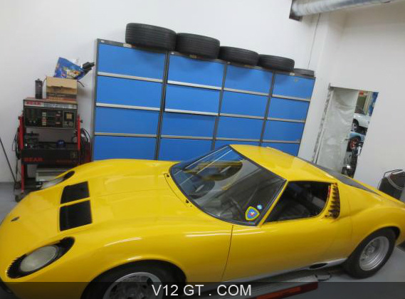 lamborghini miura p400 vendu 1968 petites annonces. Black Bedroom Furniture Sets. Home Design Ideas